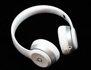 Headphone - Beats by Dr Dre Solo 2 - wired - Gloss White