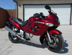 FOR SALE:  2006 SUZUKI KATANA GS750F