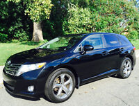 2010 Venza 3.5L V6 AWD w/ Heated Leather Seats + Remote Start