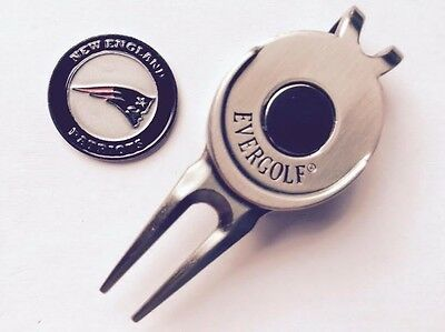 NFL New England Patriots Golf Ball Marker and Magnetic Divot (England Golf Ball)
