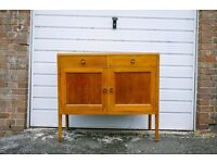 VINTAGE RETRO MID CENTURY SIDEBOARD LIGHT OAK 1950s DRAWERS KITCHEN DINING ROOM