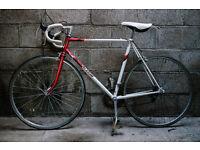 VINTAGE RETRO 1980s RALEIGH EQUIPE RACER BIKE BICYCLE WHITE