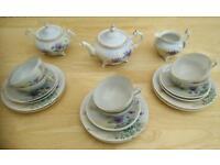 Beautiful eggshell China tea set, 6 servings
