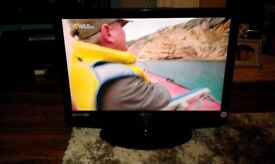 """TECHNIKA X22 SPARES OR REPAIR,GOOD 22"""" LCD SCREEN. TELEVISION TV DVD PLAYER WITH BUILT IN FREEVIEW"""