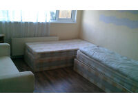 Very spacious first floor double room available now - Newham