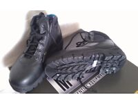 HEAVY DUTY BOOTS/SHOES HARD FRONT, SIZE 5 , MADE BY MAGNUM, NEW AND BOXED, COST £100, NOW ONLY £25