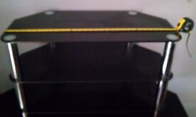 Good Condition Black Gloss Glass TV Stand Cabinet Collection M40 5GX