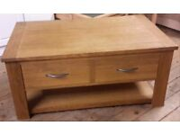 Large solid oak coffee table (NEXT)