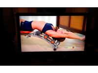 "Technika 40-920 TV, 40"" Full HD 1080p LCD screen with REMOTE CONTROL+STAND+USER MANUAL IN ORG.BOX"