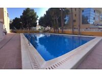 Beachside apartment in Punta Prima Spain, wifi ,40 mins from Alicante or 25 mins from Murcia