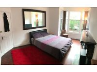 Dbl room available in spacious house in Burley. (includes Bills)
