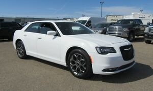 2016 Chrysler 300 S' W/ NAV, SUNROOF