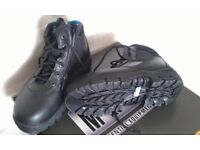 Heavy duty boots/shoes hard front, size 5, Made by Magnum, New and boxed, Cost £100, Now only £20