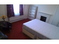 TOOTING BROADWAY DOUBLE ROOM AVAILABLE TO COUPLES WITH BILLS INCL MINS TO THE STATION