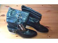 2x Brand new pairs of ladies boots