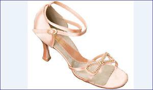 Capezio-Brenda-Satin-3-034-Ballroom-Shoe-BR44S-Champagne