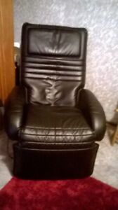 Massage chair Mirrabooka Stirling Area Preview