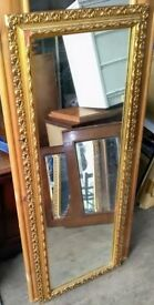 Pretty gilt framed mirror