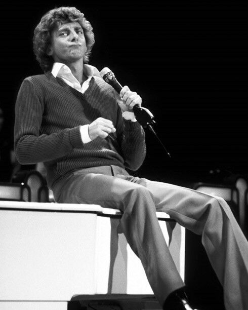 American Singer BARRY MANILOW Glossy 8x10 Photo Songwriter Print Poster