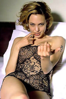Angelina Jolie 8X10   Other Size   Paper Type  Photo Picture Aj95