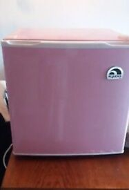 Pink Igloo Tabletop Fridge