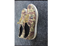 Vans Classic Authentic Camouflage Womens Trainers