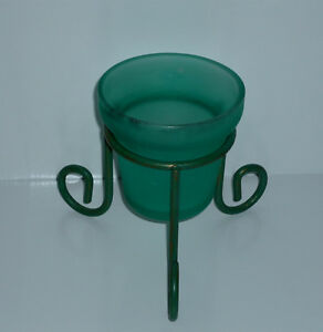 Green Glass Candle Holder in Wire Stand : use Indoors / Outdoors Cambridge Kitchener Area image 2