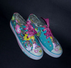 NEW pair of Flirty Flutters Running Shoes :Size 5 :Never WornNEW Cambridge Kitchener Area image 2