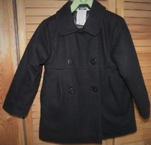 Coquettish jacket for fall or winter    - Size 4T