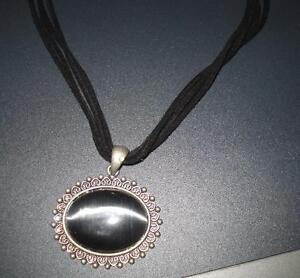 black victorian necklace Windsor Region Ontario image 2