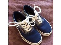 Boys Vans - immaculate - small size 11