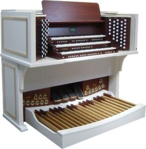 Organ Keyboards | Buy or Sell Used Pianos & Keyboards in Hamilton