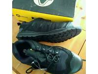 Safety boots,size 12 new