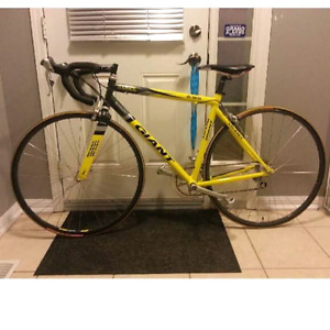 50cm Giant Road Bike For Sale