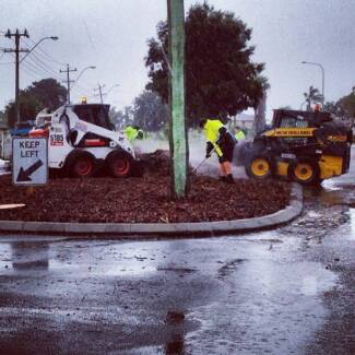 MULCH and WOODCHIP • SPREADING SERVICES