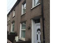 3/4 Bed 3 Storey Mid Terrace House To Let in Woodside Terrace, Crumlin NP11 5EW
