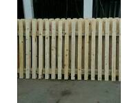 6FT W X 4FT H FENCE PANELS