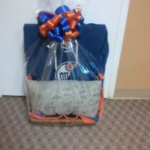 Oilers Team Signed Pillow, one of a kind