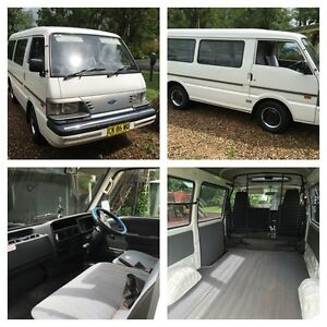 AUTO MWB Ford Econovan with extras (VERY LOW KMS) Banora Point Tweed Heads Area Preview