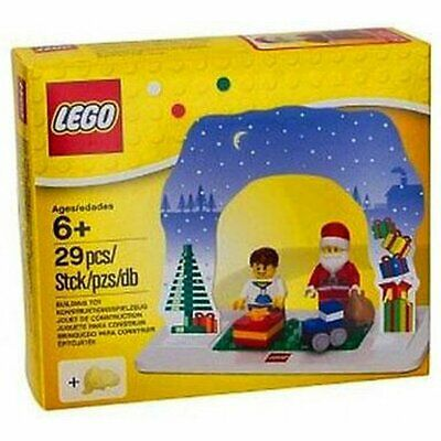 Lego Santa Scene Christmas Holidays boy figure train gift Set #850939 NIB