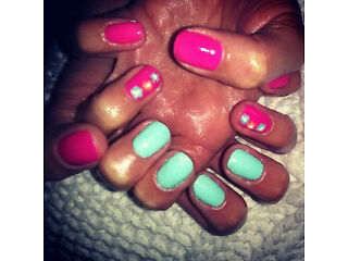 SUMMER SALE!!! Treat yourself to a moment of relaxation! Shellac Nails ...