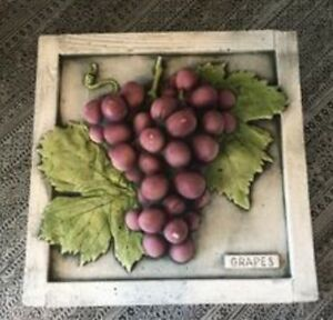 Wall plaque purple grapes