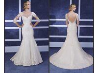 Ronald Joyce 69072 size 12 designer wedding dress Ivory