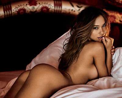 Alexis Ren  8X10 /& Other Size /& Paper Type  PHOTO PICTURE ar7