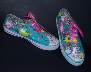 NEW pair of Flirty Flutter Running Shoes : Never Worn : Size 5 . Cambridge Kitchener Area image 3