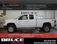 2011 GMC SIERRA 2500 6.0L 8CYL 4WD Like new with etremely low KM