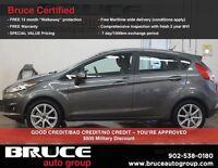 2014 Ford Fiesta SE JUST ARRIVED!  SUNROOF , HEATED SEATS, BLUET