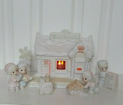 Precious Moments Sugar Town Lighted Train Station 6 Piece Set by Enesco 150150