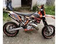 Looking for 125cc bike up to £400 cash preferably supermoto