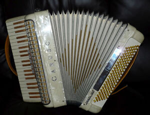 Caruso accordion for sale Peterborough Peterborough Area image 3